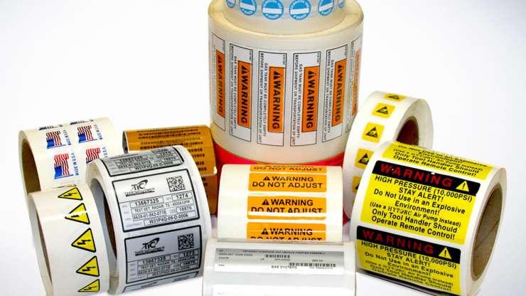 Tekercses címke gépekre, termékekre