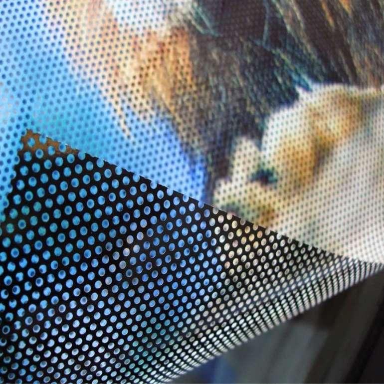 One Way Vision - perforált ablakfólia nyomtatott felület